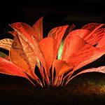 Maloca in Auerstedt mit Blütenkunstkonstruktion von Viktoria Scholz